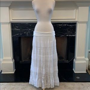 NWT white linen and lace multi tiered skirt